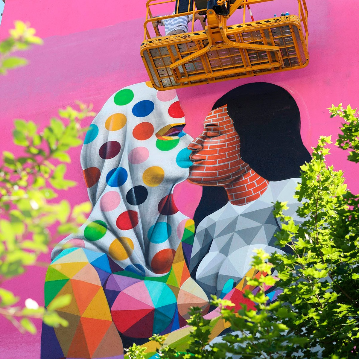 Goa Secrets - Okuda San Miguel - Ink and Movement