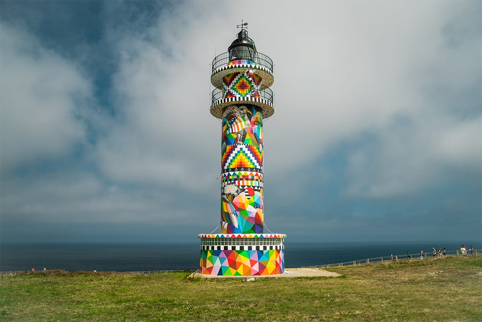 Infinite Cantabria / Faro de Ajo -- Okuda San Miguel -- Ink and Movement